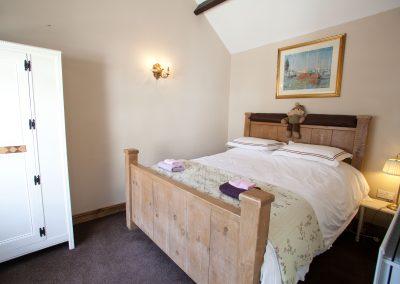 Master Bedroom Horseshoe Cottage